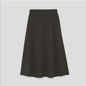NWT ZARA STUNNING KNIT LONG SKIRT